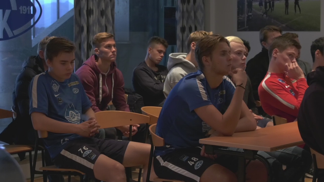 Berg Hestad før Youth League-kampen